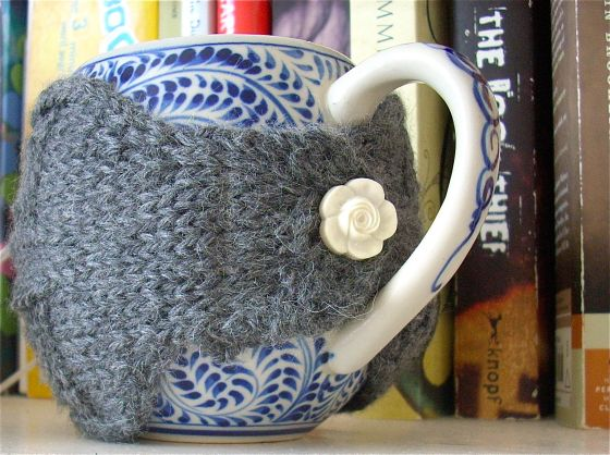 Mug warmer from (mostly) sewn